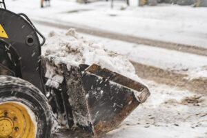 snow cleaning machine